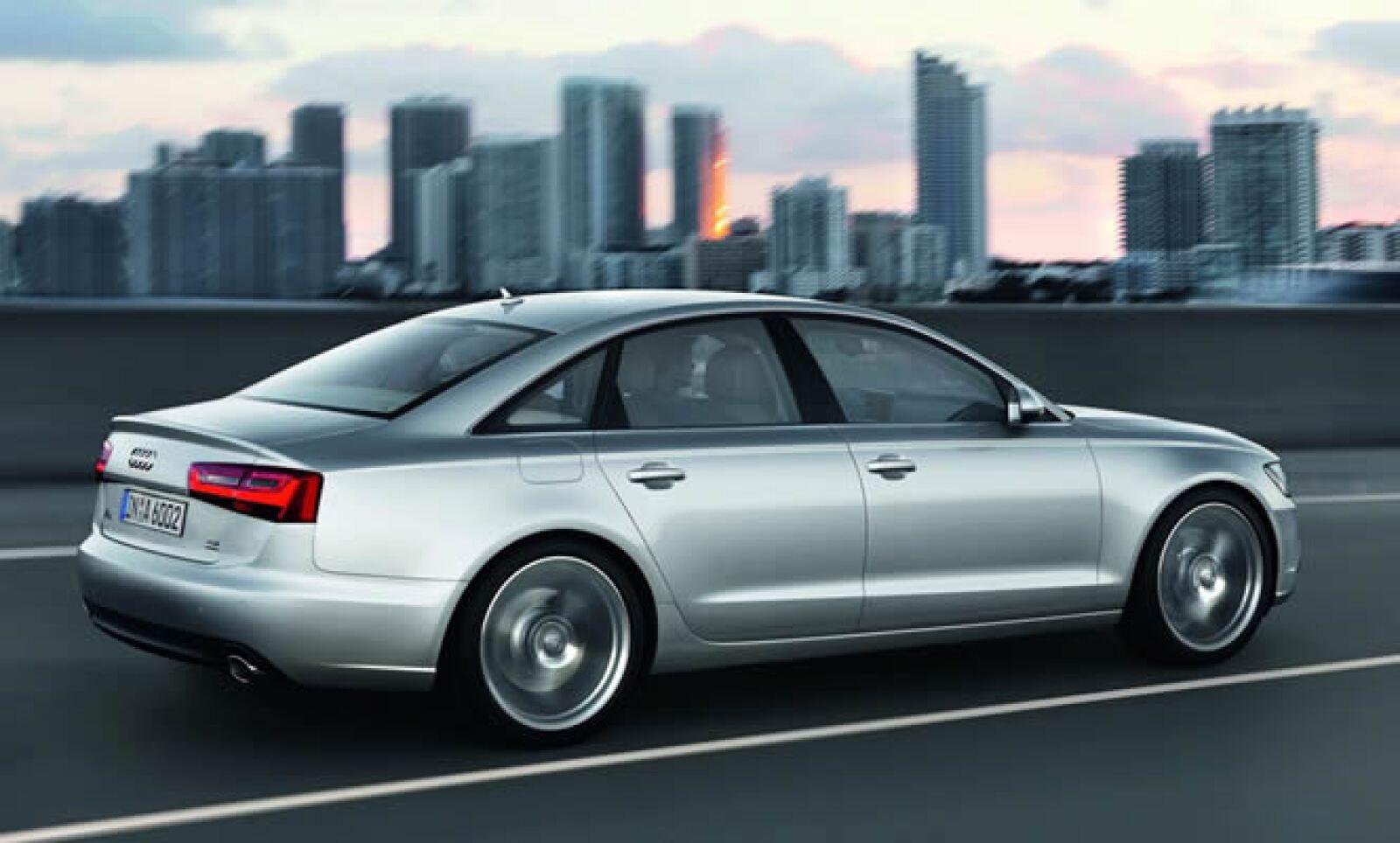 La automotriz no ha revelado el precio de esta versión, aunque el modelo actual fluctúa entre 61,450 y 83,100 dólares.