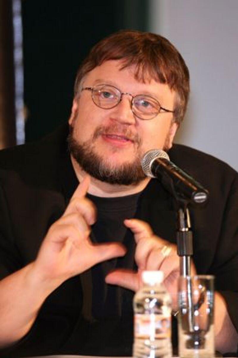 """El director mexicano Guillermo del Toro ilustró portada y páginas interiores del más reciente número de la revista """"All Story"""", editada por su homólogo Francis Ford Coppola."""