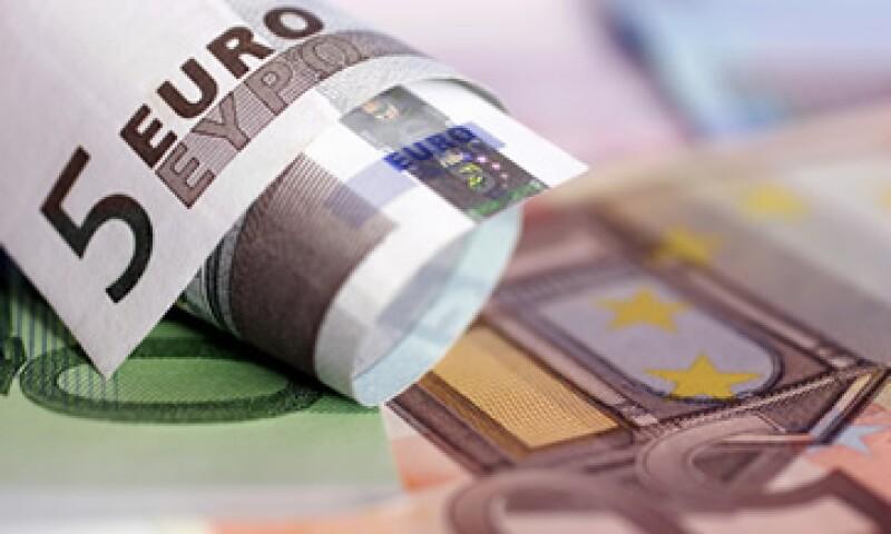 El euro cayó 0.7% frente al yen, a 99.57 unidades. (Foto: Thinkstock)
