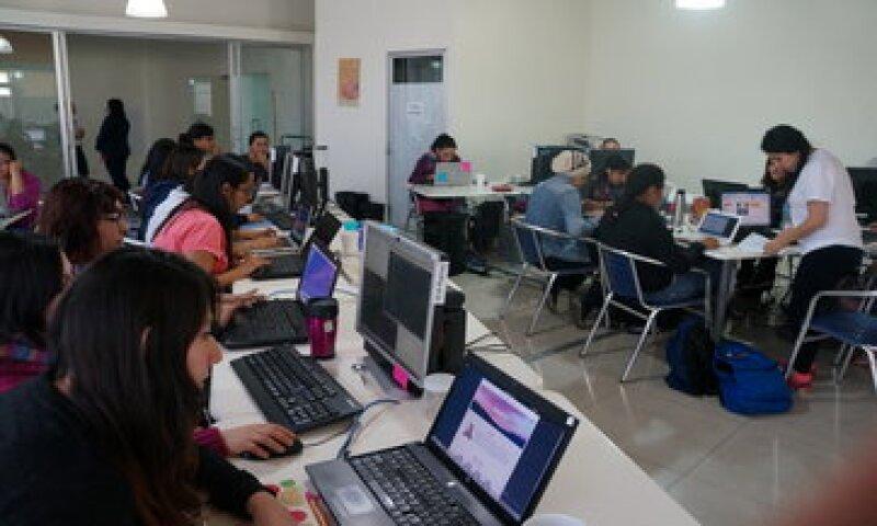 El proyecto capacitará a 27 chicas en 2015 y planea llegar a 200 en 2016. (Foto: Cortesía Laboratoria  )