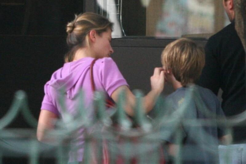 Ludwika pocas veces es fotografiada con su hijo.