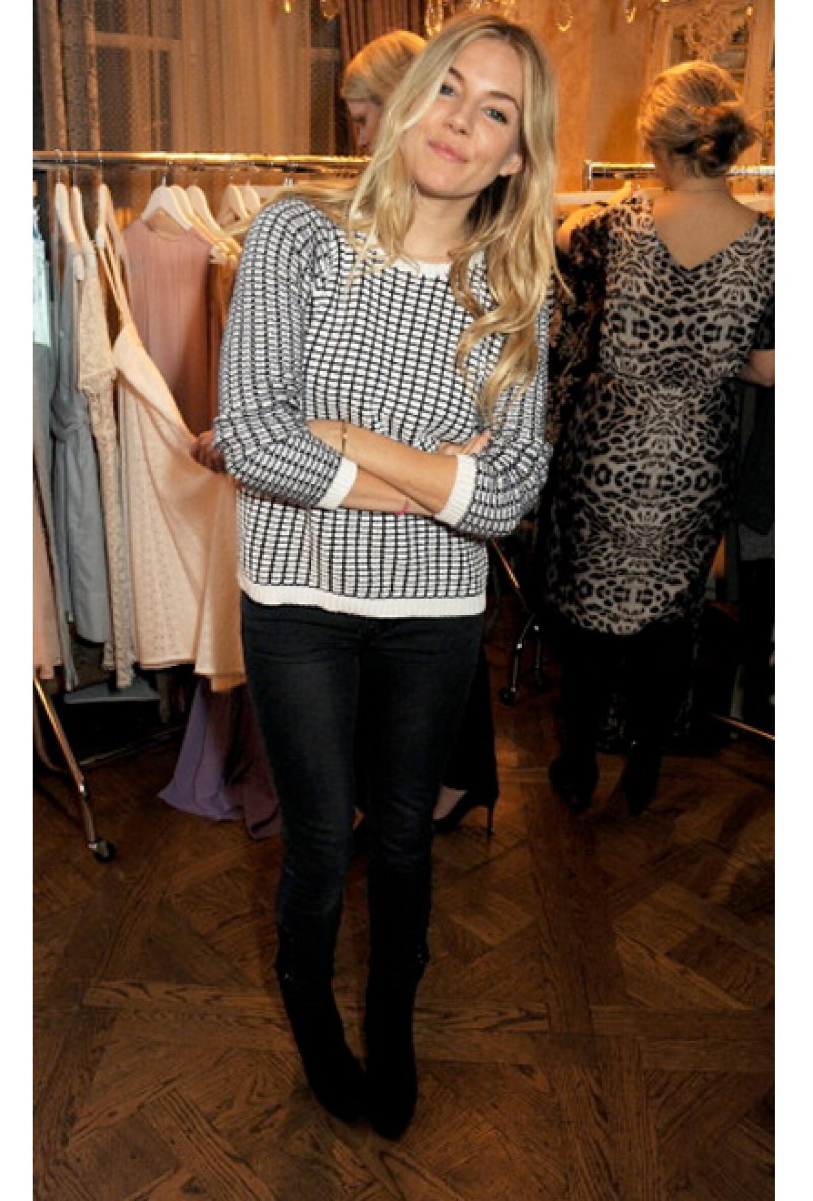 Sienna Miller es otra brit fanática de esta prenda.
