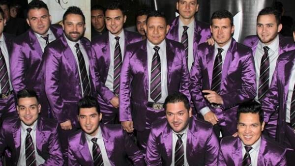 El cuerpo de Aldo Sarabia, de la Banda El Recodo, fue hallado en estado de descomposición y con golpes y heridas de bala rumbo a la comunidad de El Recodo en Mazatlán, Sinaloa.
