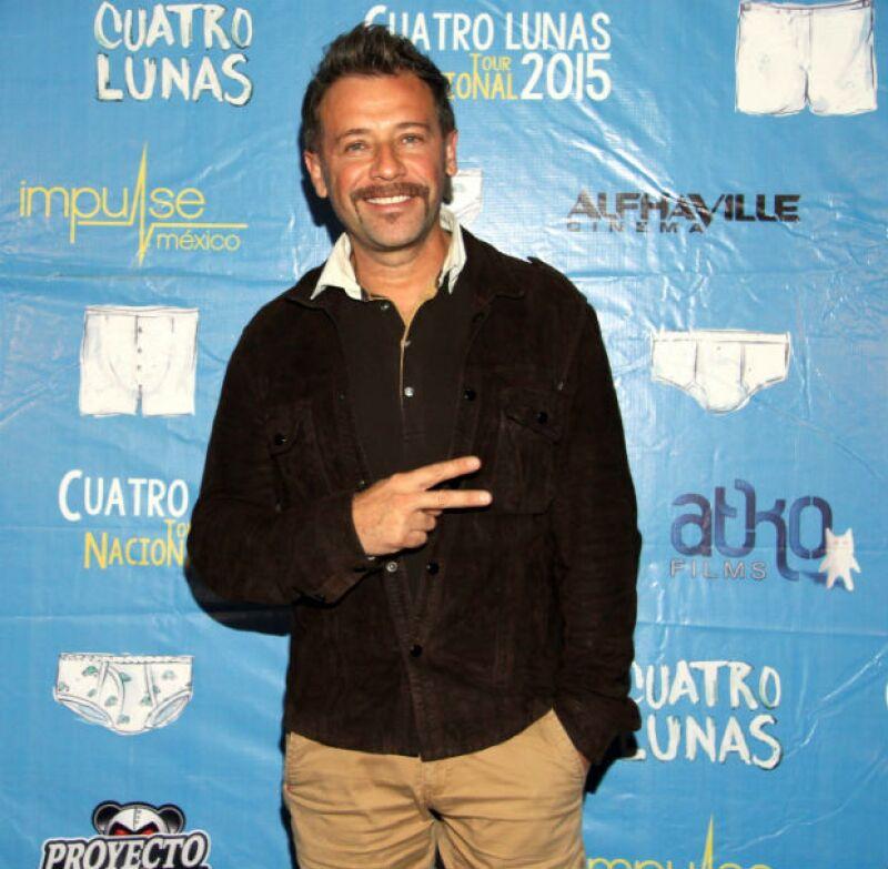 """El actor presentó a la prensa la película """"Cuatro Lunas"""", donde destaca que el país vive un momento indicado para aceptar en la pantalla grandes historias de amor entre personas del mismo sexo."""