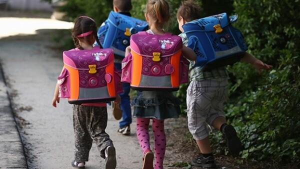 regreso a clases kinder escuela padres niños