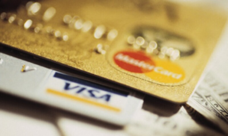 El crédito renovable, que incluye mayormente a tarjetas, aumentó en 5,600 millones de dólares. (Foto: Thinkstock)