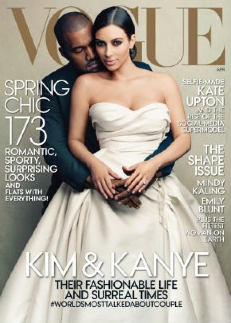 Anna le dio portada a Kim Kardashian (con Kayne West) en marzo de este año y causó polémica, más porque la editora la borró de la lista de invitados de la gala del MET en 2012 y porque se dice que no la quería por su imagen cero fashion y carrera escandalosa.