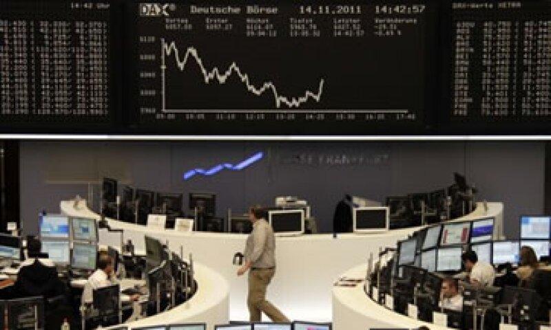 Las acciones de los bancos italianos estuvieron entre las que más cayeron. (Foto: Reuters)