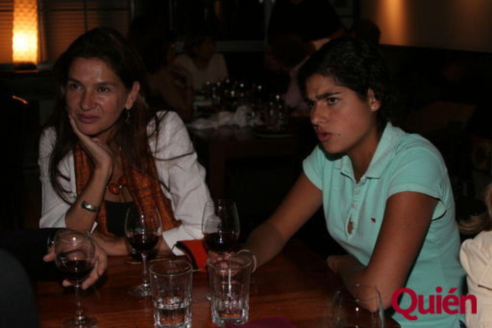 Mónica Patiño, Micaela Miguel