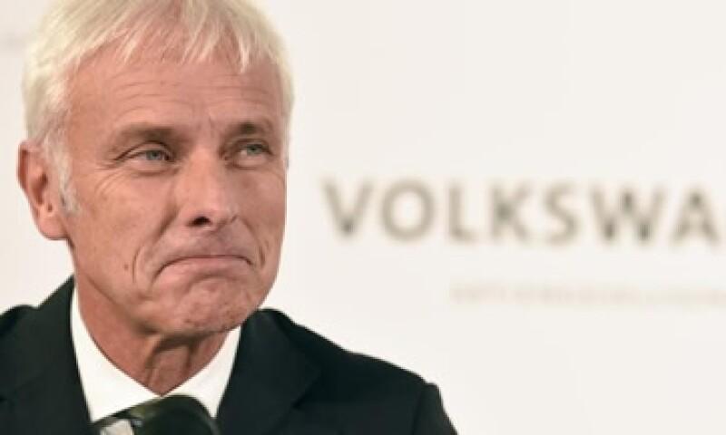 La prioridad del plan son los clientes afectados por la manipulación de emisiones, dijo Matthias Müller, presidente de VW. (Foto: Reuters)