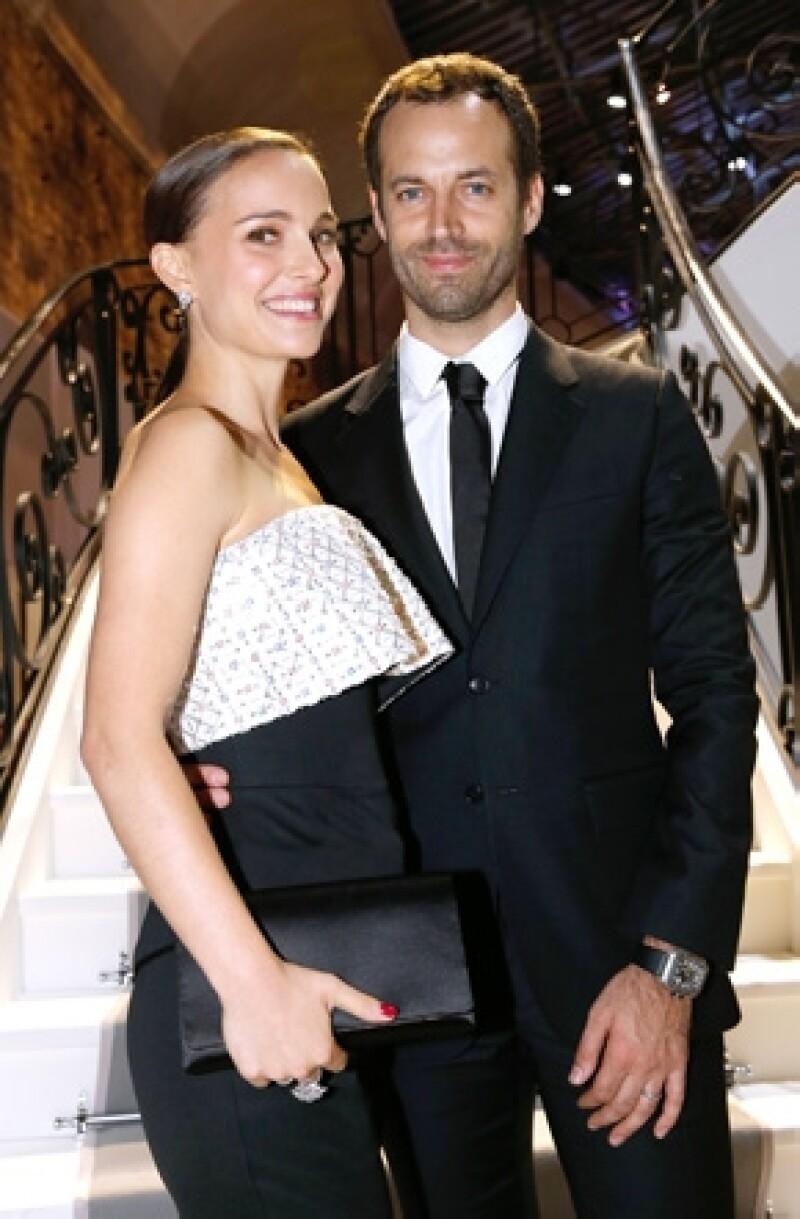 Benjamin Millepied, esposo de la exitosa actriz desde 2012 dio a conocer que está a la mitad del proceso de conversión a la religión, como un acto de amor hacia las creencias de Natalie.