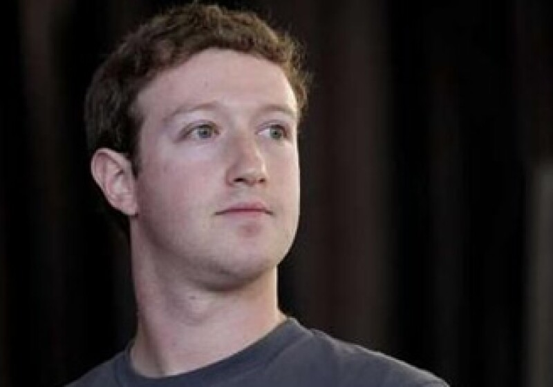 Mark Zuckerberg juzgó que para devolver la gente espere a que su carrera esté muy avanzada. (Foto: Reuters)