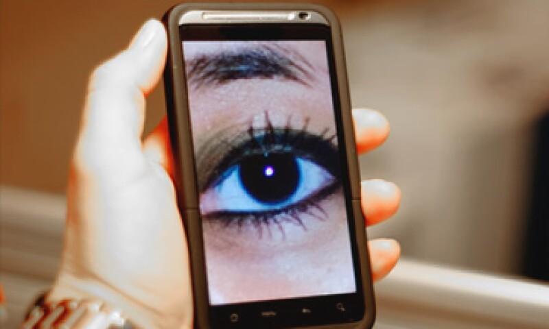 La mayor cualidad de un 'smartphone' es que 'sabe' más de su dueño que cualquier otro producto. (Foto: Cortesía CNNMoney)