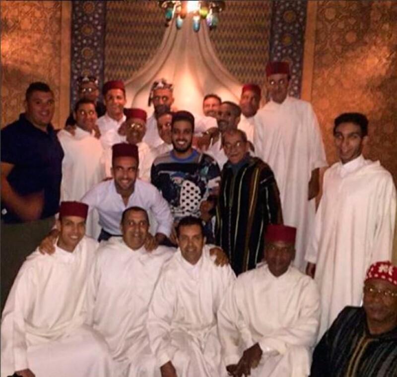 Cristino Ronaldo luciendo el traje tradicional de Marruecos.