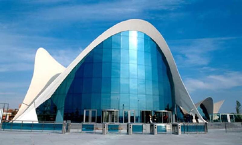 Vitro Cristalglass participó en grandes proyectos y obras emblemáticas construídas en la península ibérica, como el Museo Oceanográfico de Valencia. (Foto: Cortesía de Vitro)