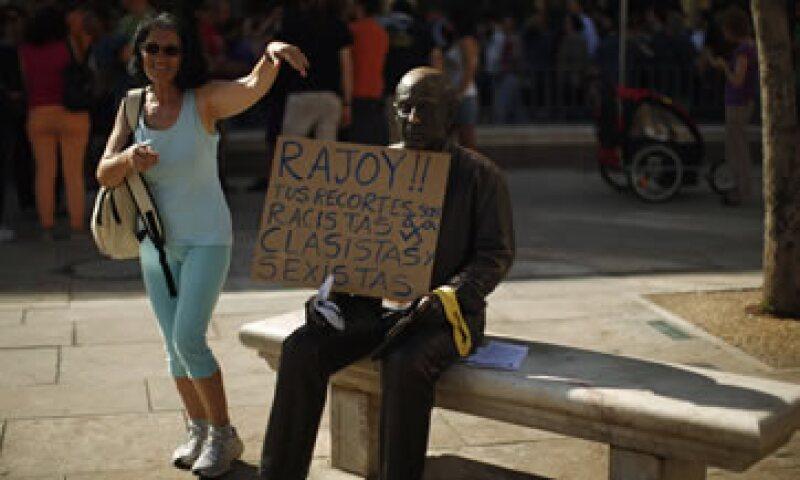 Una estatua del pintor Pablo Picasso fue usada durante la protesta de los indignados. (Foto: Reuters)