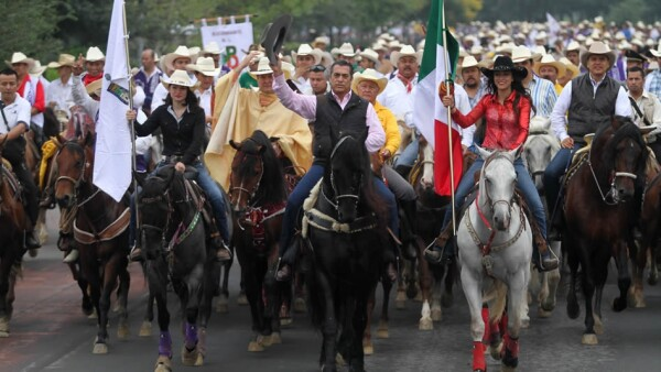 Jaime Rodriguez Calderon cabalgata