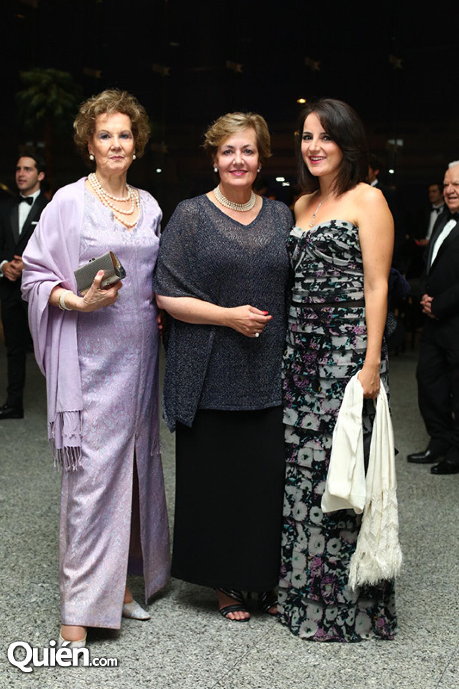 Amparo Vega, Irma Gutiñerrez y Rosa María Gaya