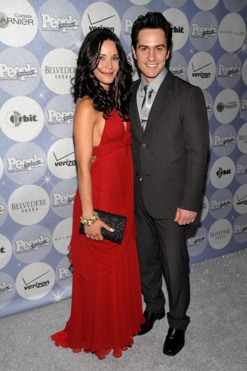En 2008 Adriana y Mauricio comenzaron una relación, misma que al parecer duró hasta 2010, pues aquí aparecen en los el evento '50 Most Beautiful' de People en Español de ese año.
