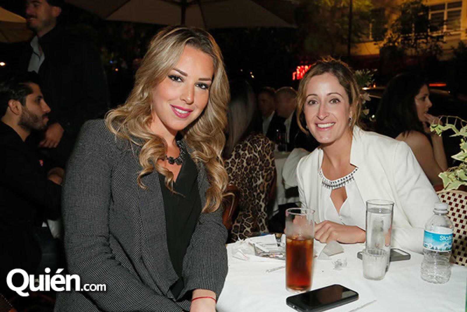Melissa Barnett y Vanessa Canale