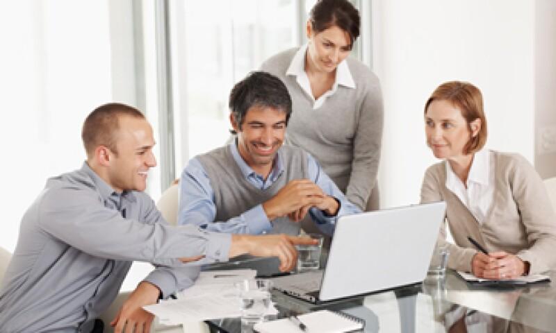 Entre líderes y empleados debe haber la sensación de que trabajan juntos hacia un objetivo común.  (Foto: Getty Images)