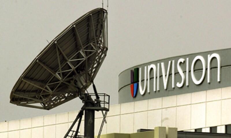 Univision posee una red de emisoras de televisión en lengua española. (Foto: AP)