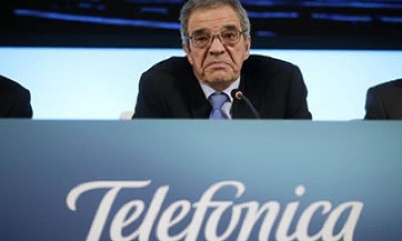 La compañía dirigida por César Alierta tuvo débiles resultados en Brasil. (Foto: Reuters)