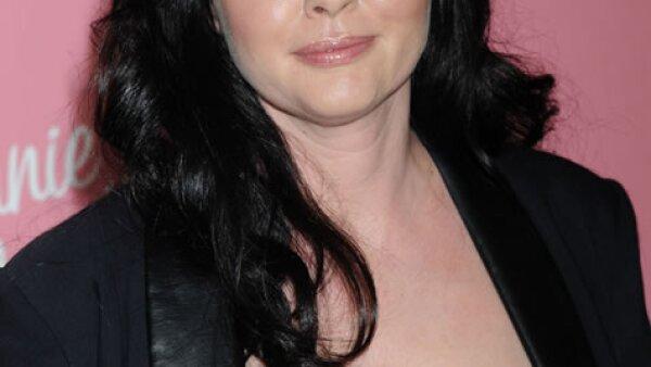 Sin duda la problemática de todos los años es Shannen Doherty pues desde sus días en Beverly Hills 90210 ha tenido una actitud de niña mala. En dicha serie terminó peleada con el productor Aaron Spelling.