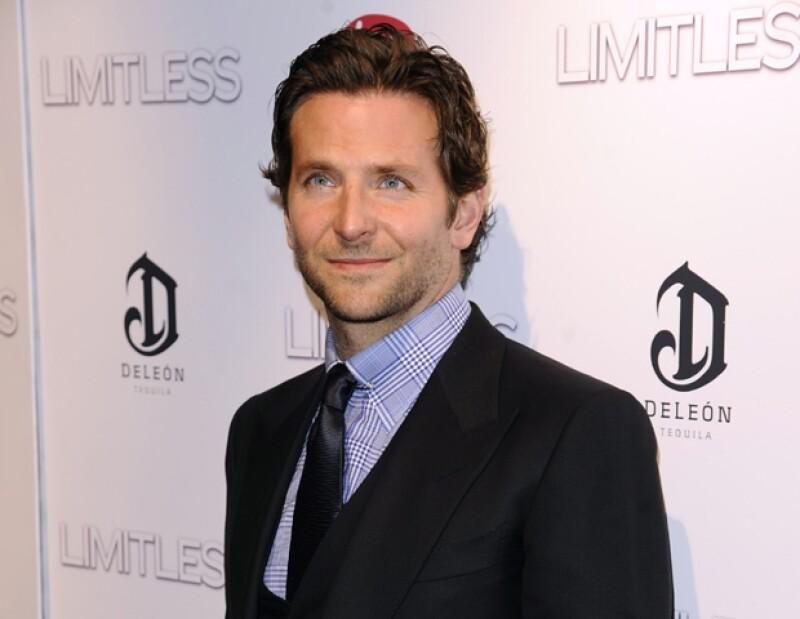 Bradley Cooper fue considerado por la revista People como el hombre vivo más sexy del 2011.