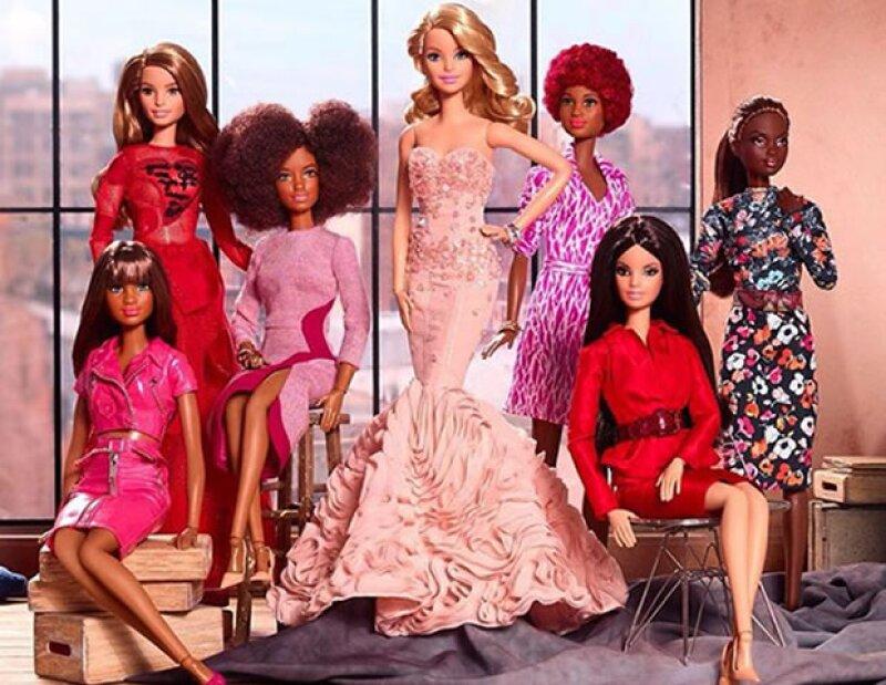 Una foto de generación que conmemora los dos años de la cuenta BarbieStyle.