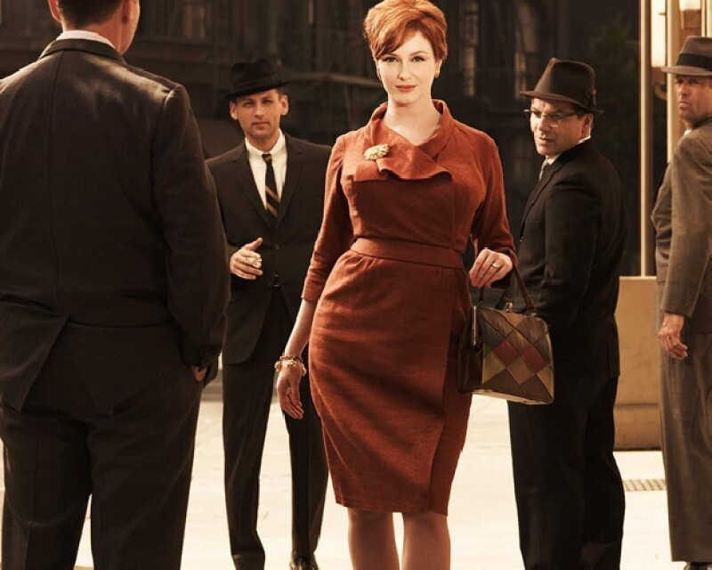 Christina Hendricks como Joan Holloway