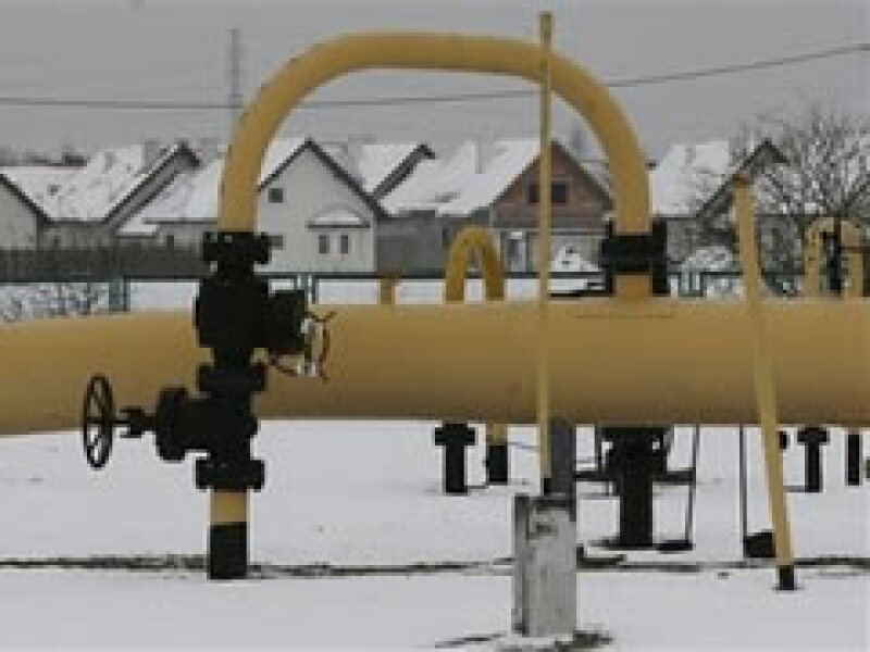 Miles de personas se encontrarán sin calefacción durante una ola de frío debido al conflicto energético. (Foto: AP)