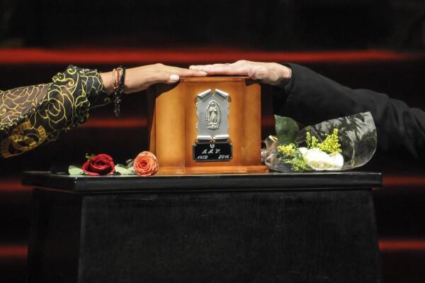 Juan Gabriel homenaje