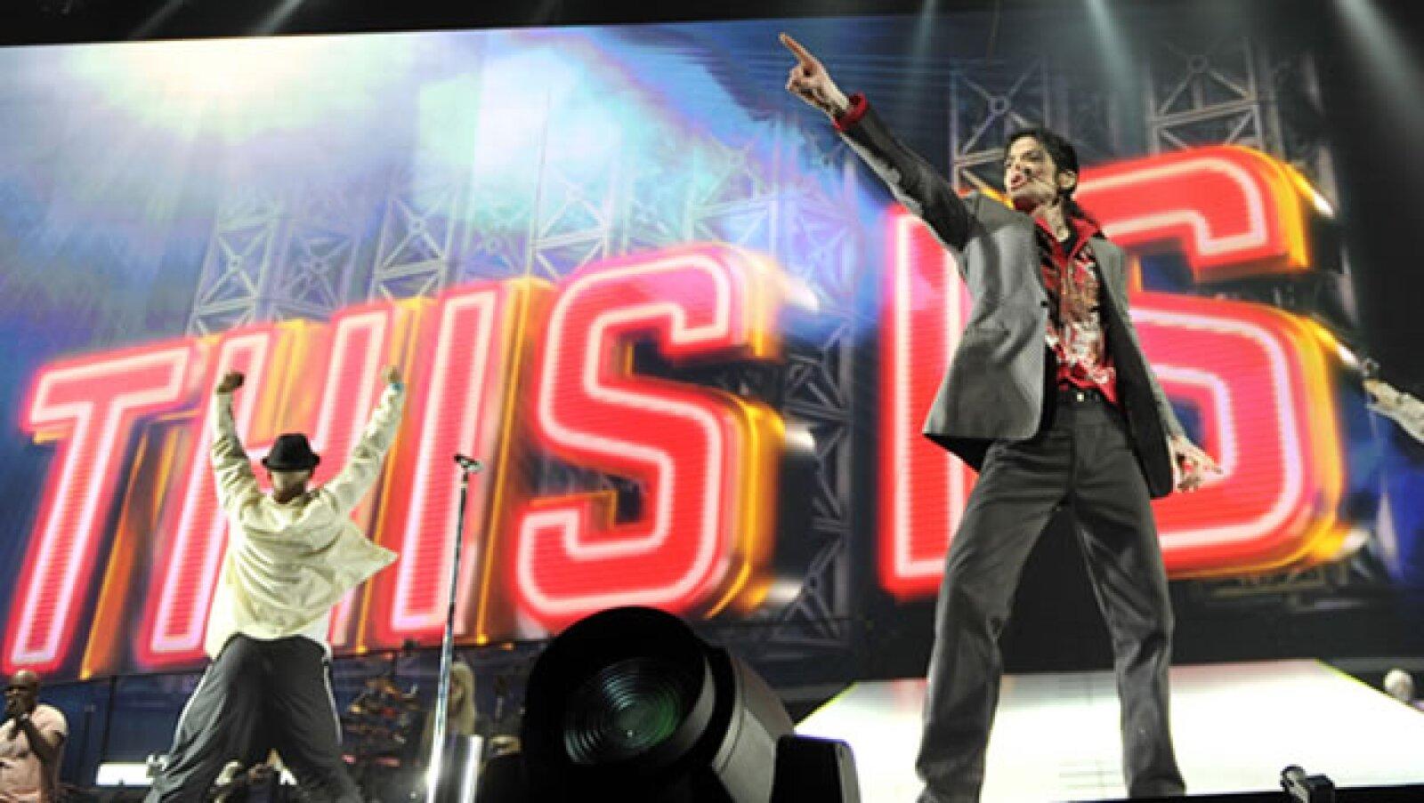El ex médico de Michael Jackson negocia su situación legal