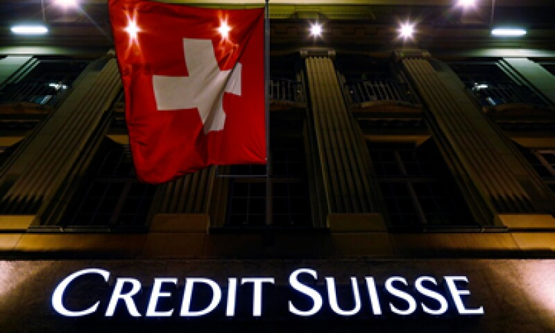Credit Suisse creó cuentas secretas en el extranjero y ocultó información a reguladores. (Foto: Reuters)