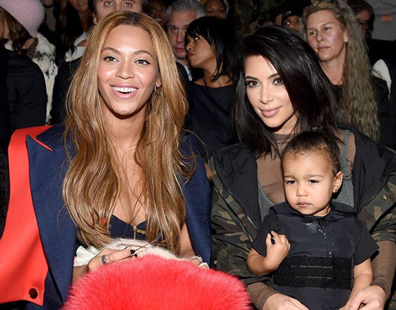 La cantante ha recibido un sinfín de felicitaciones públicas con motivo de su 35 cumpleaños este domingo, incluyendo una muy musical de Kim Kardashian.