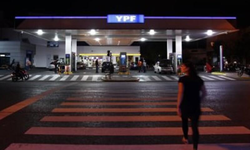 El Gobierno de Argentina quiere nacionalizar a YPF porque asegura que ha caído la producción petrolera.  (Foto: Reuters)