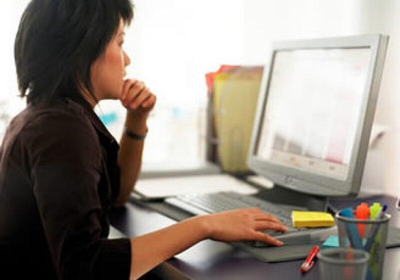 La enseñanza virtual es un excelente camino para los que necesitan un horario flexible. (Foto: Jupiter Images)