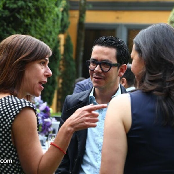 Ruth Ovseyevitz,Manolo Caro y Laura Manzo