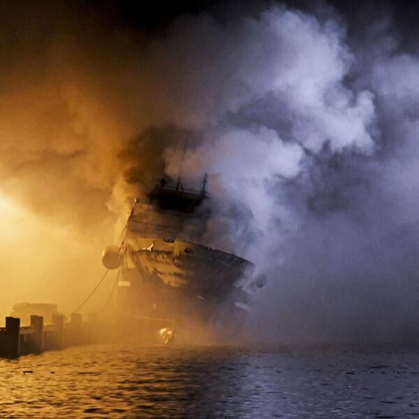 The Russian fishing trawler Bukhta Naezdnik burns in the harbour of Tromso
