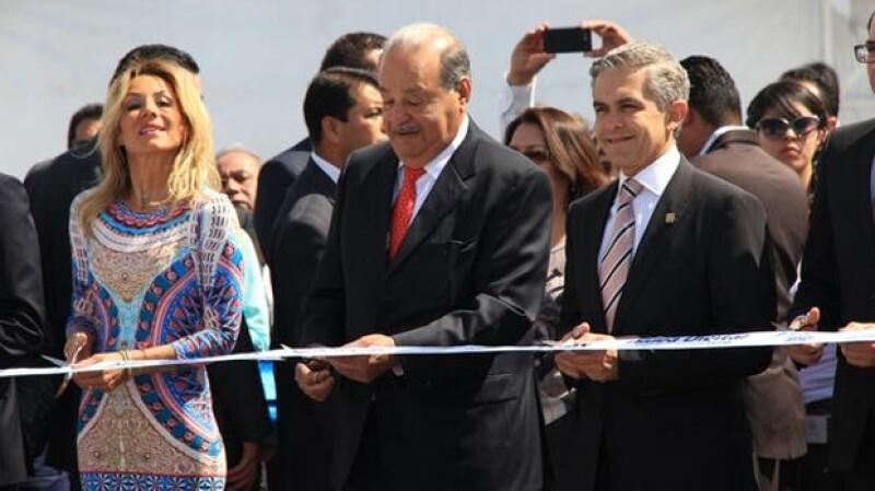 Alejandra Lagunes, Carlos Slim y el Jefe de Gobierno coincidieron en que debe mejorarse la calidad de los servicios digitales en la ciudad.