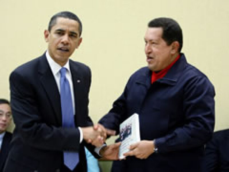 Dicen que la actitud de Obama muestra la nueva política exterior de EU. (Foto: Reuters)