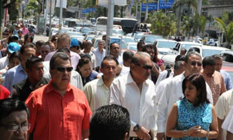 Carlos Slim y autoridades estatales recorrieron  las nuevas instalaciones y juegos temáticos del Parque Papagayo. (Foto: Cortesía del Gobierno estatal)