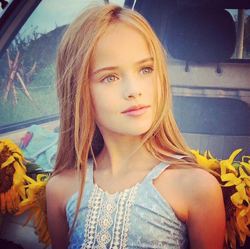 Ella también cuenta con una gran popularidad en sus redes sociales, pues tiene millones de seguidores.