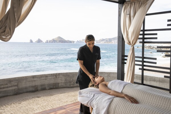 TheCape_Currents_spa cabana.jpg