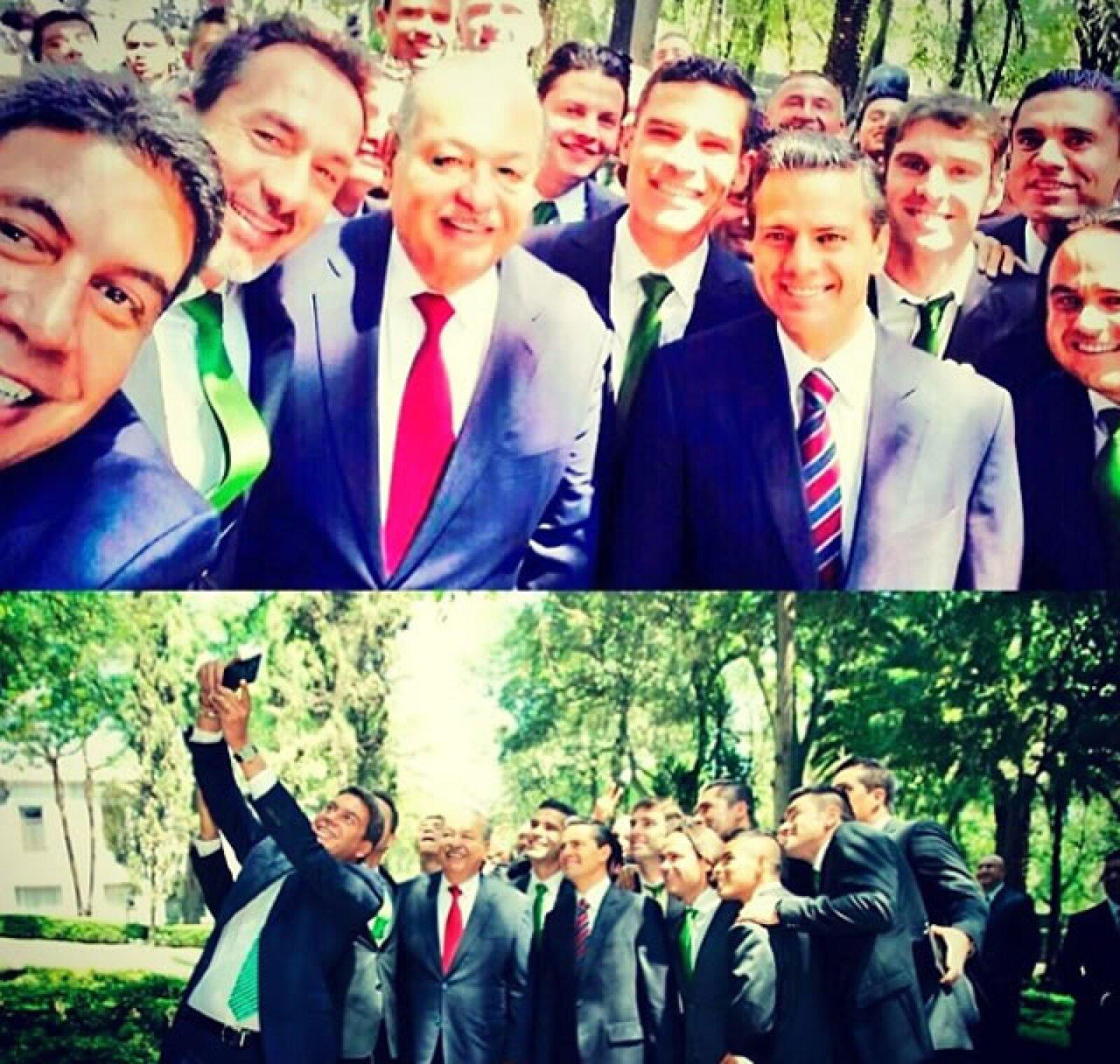 Con la Selección Mexicana y Enrique Peña Nieto.