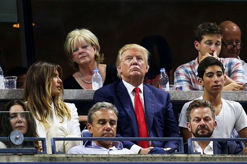 Aunque es el candidato más popular del partido republicano, fuera de recibir ovaciones durante el encuentro de las hermanas Williams, Trump sintió el rechazo de los asistentes.
