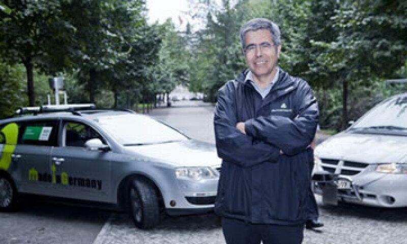 El científico Raúl Rojas cree que 100% de los vehículos funcionarán sin conductor en el año 2114. (Foto: Cortesía: autonomos.inf.fu-berlin.de)