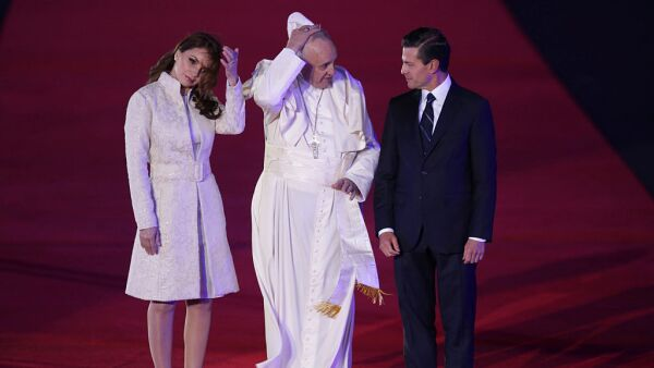 Pope Francis Arrives to Mexico