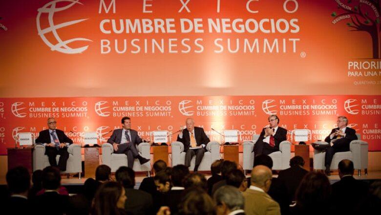 """Ponentes del encuentro realizado en Querétaro coincidieron en que habrá una """"tremenda"""" desaceleración en los siguientes años y que para México significará una oportunidad."""